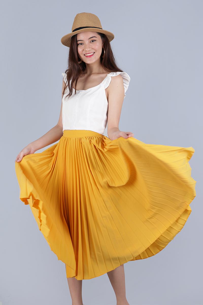 43508089d Courtney Pleated Midi Skirt (Sunshine Yellow) | The Tinsel Rack