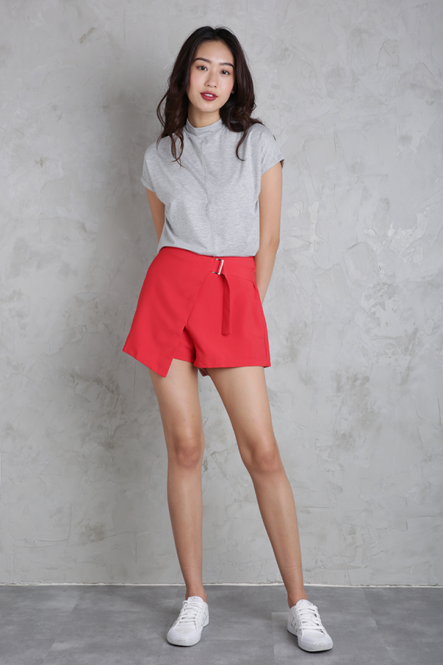 Byron Buckle Skorts (Red)