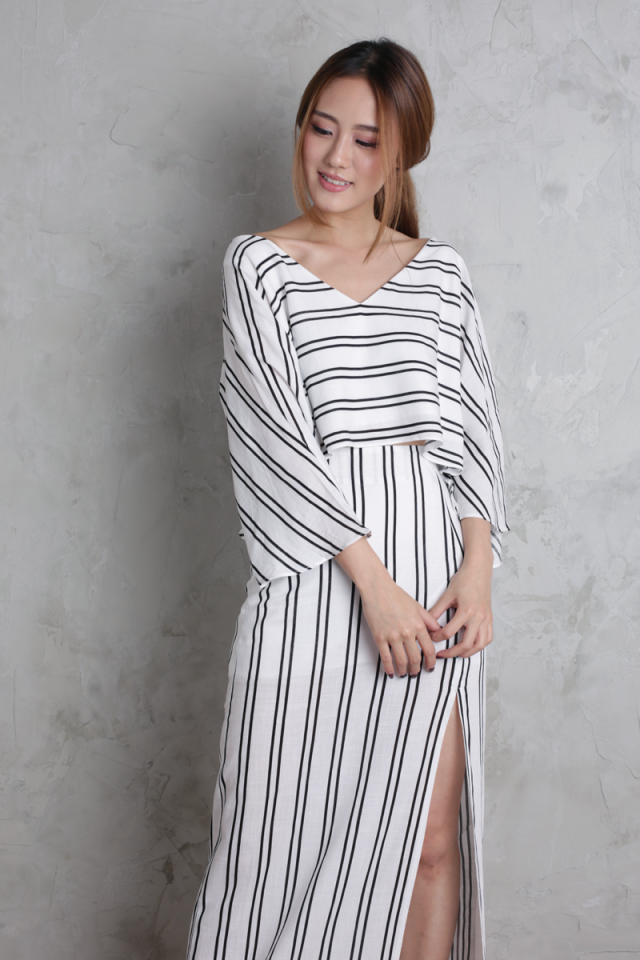 Sonya Flare Top (White Stripes)