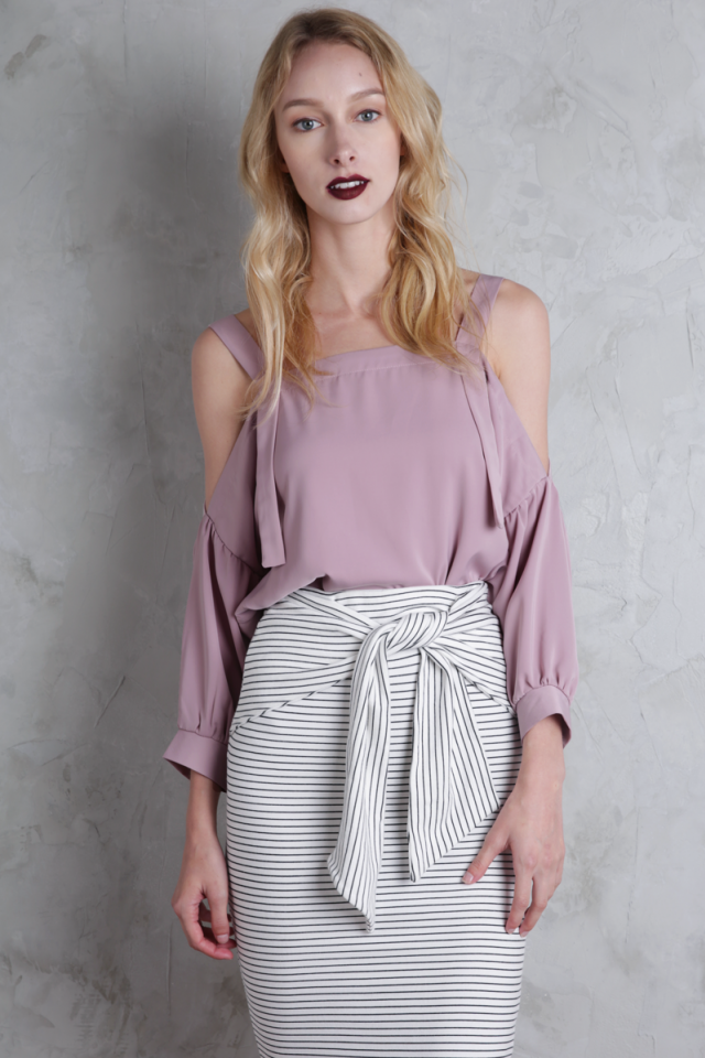 Cassia Cold Shoulder Top (Mauve Pink)