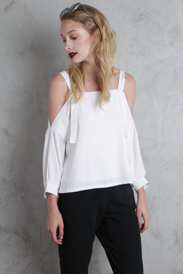 Cassia Cold Shoulder Top (White)