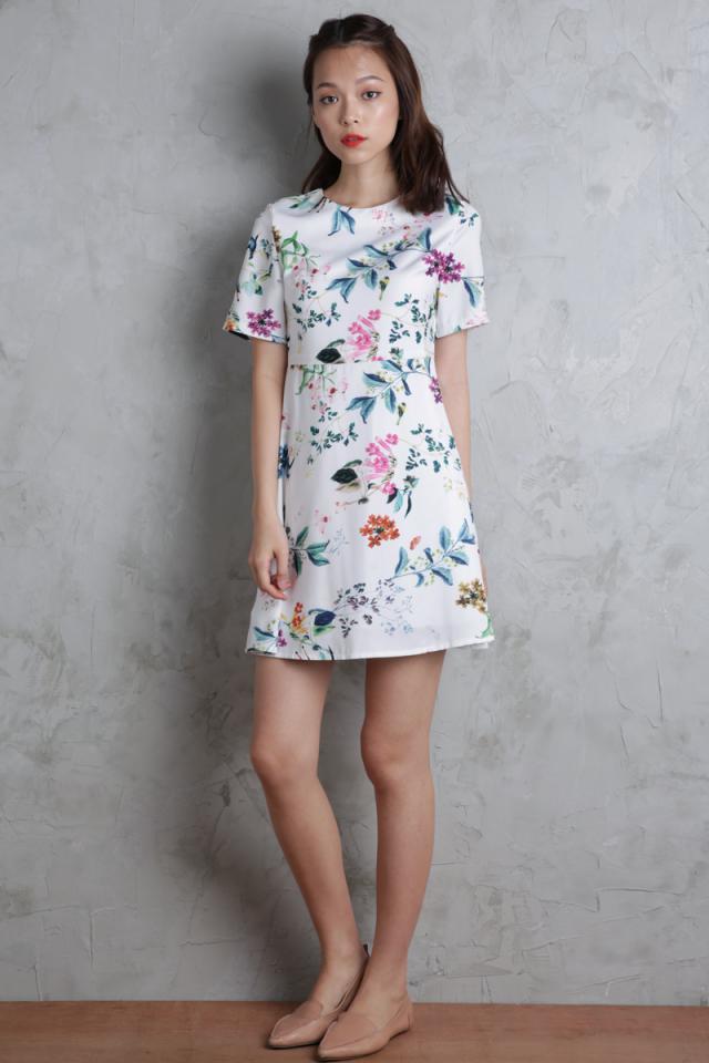 Leanna Flare Dress (White Florals)