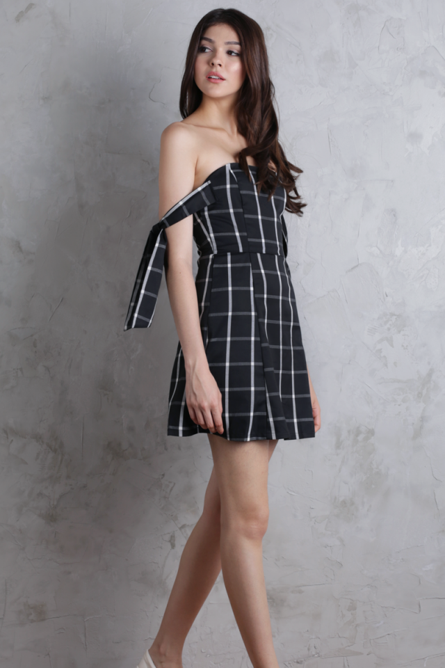 Jude Tie Shoulder Dress (Black Plaid)