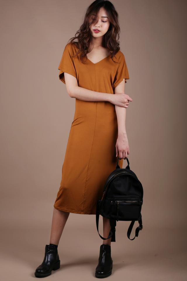 Vena Basic Sleeved Dress (Camel)