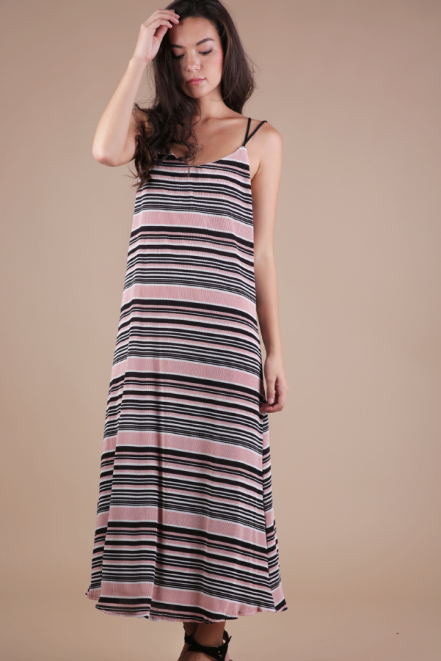 Rhea Cross Back Maxi (Pink)