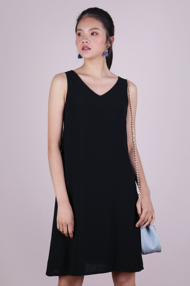 Brid V Neck Dress (Black)