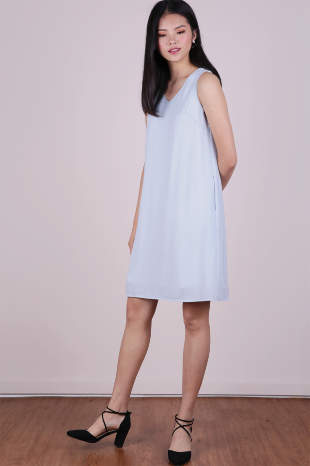 Brid V Neck Dress (Pale Blue)