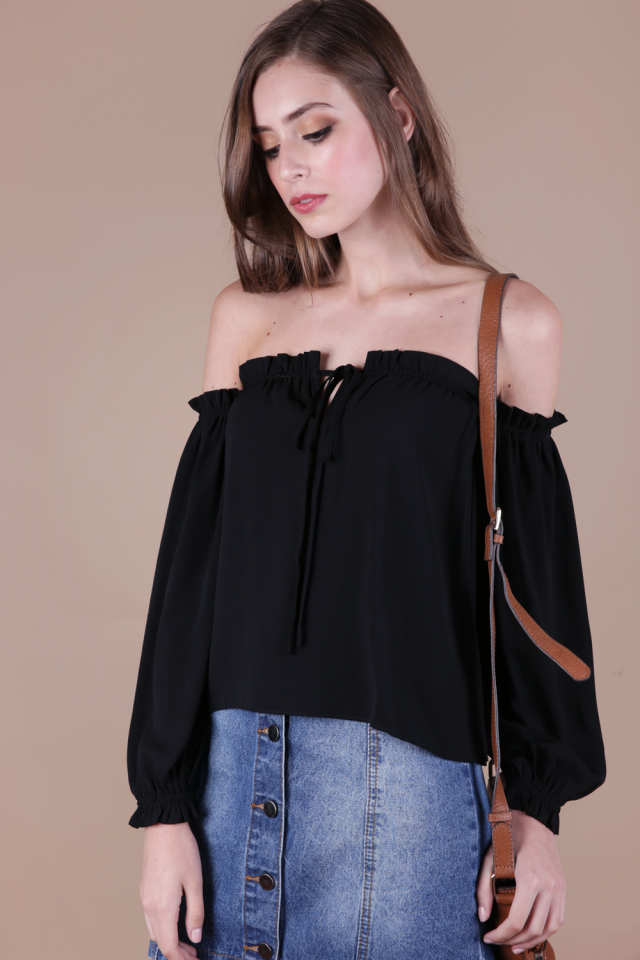Aden Ruffles Top (Black)