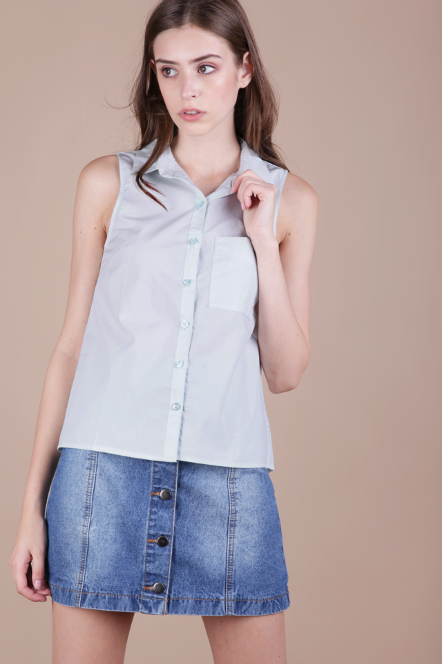 Bess Sleeveless Shirt (Pastel Blue)