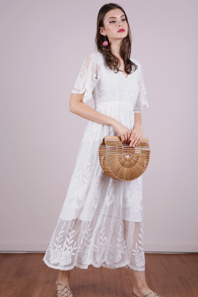 Isla Mesh Embroidery Dress (White)