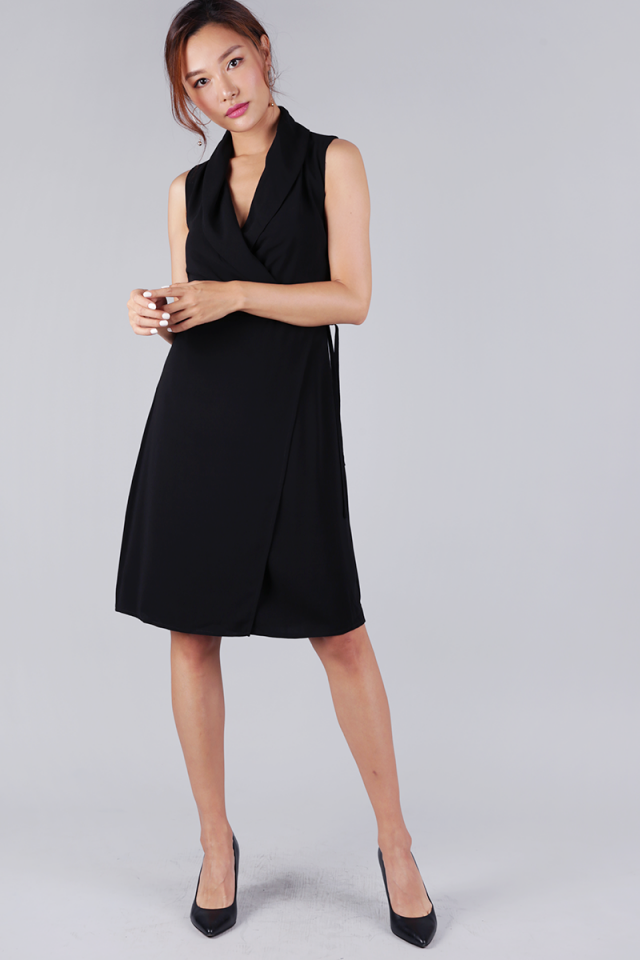 Tilly Drape Front Dress (Black)