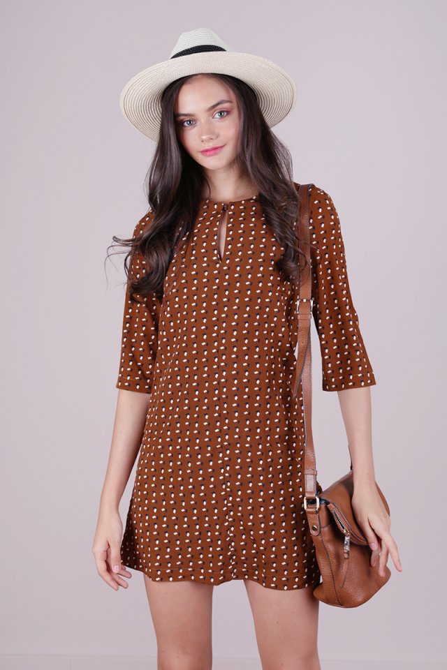 Niko Shift Dress (Camel)