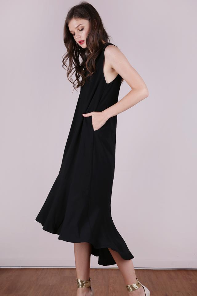 Fiorella Fishtail Dress (Black)