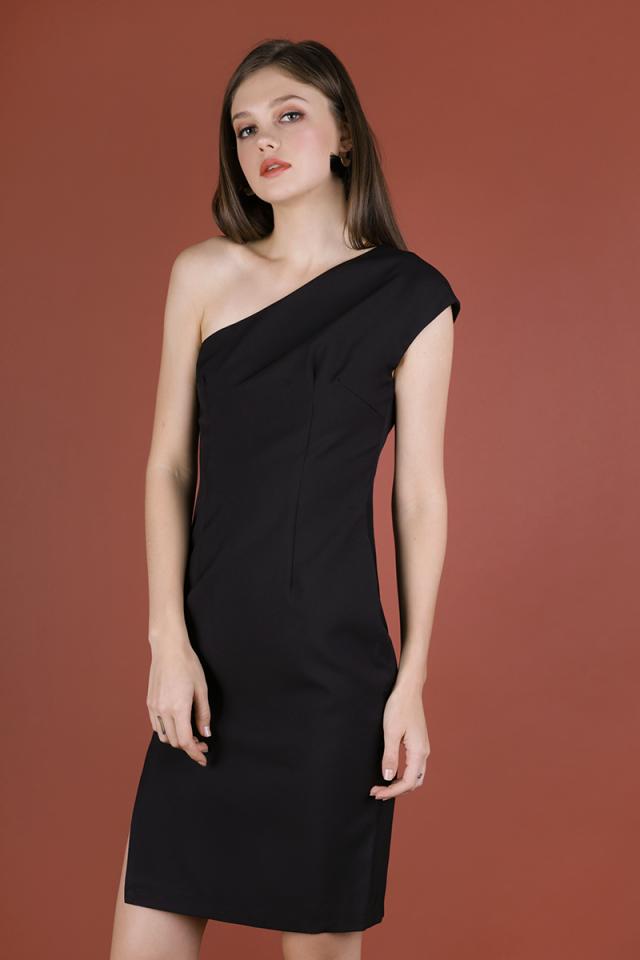 Beau Toga Dress (Black)