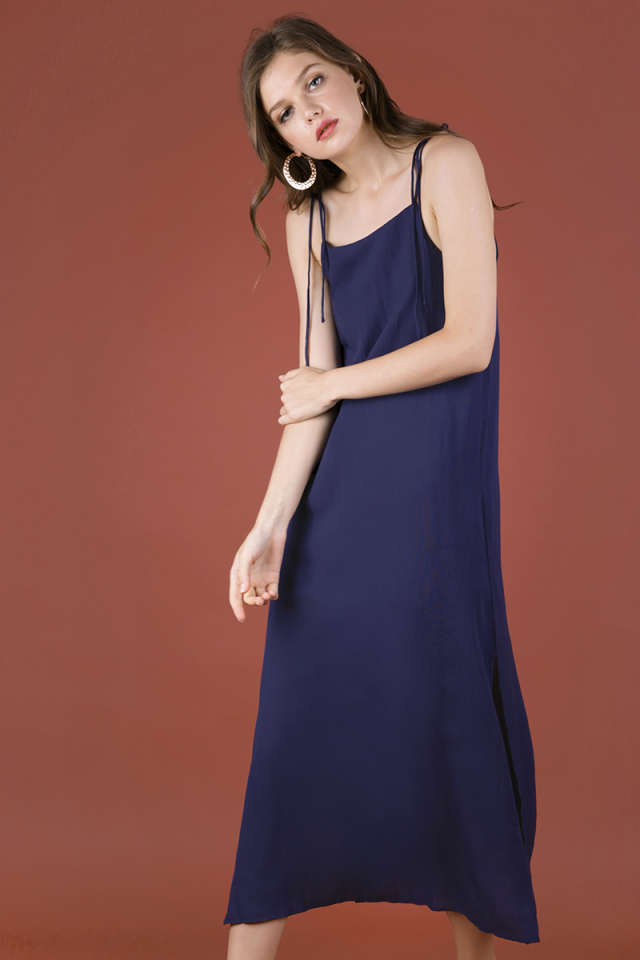 Tayana Midi Dress (Navy)