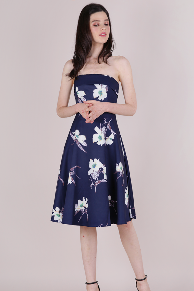 Aimee Tube Flare Dress (Navy Florals)