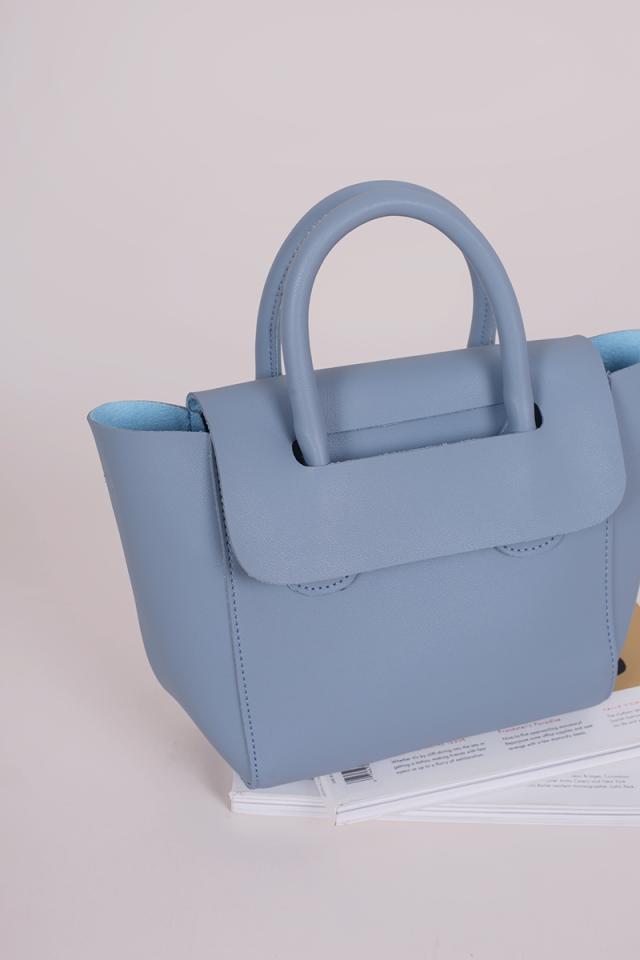 Elora Handbag (Pastel Blue)