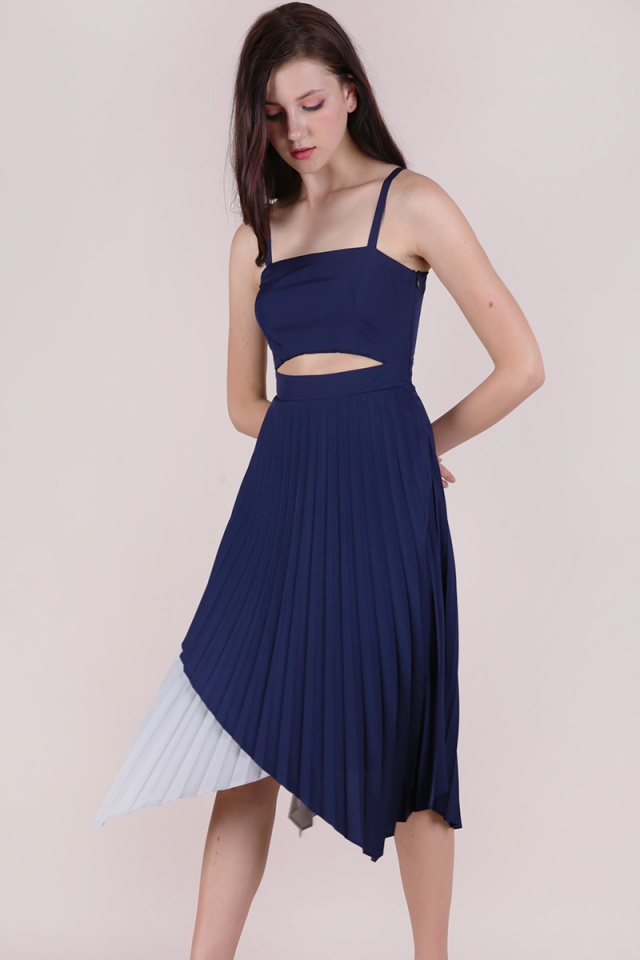 Emilee Pleated Dress (Navy)
