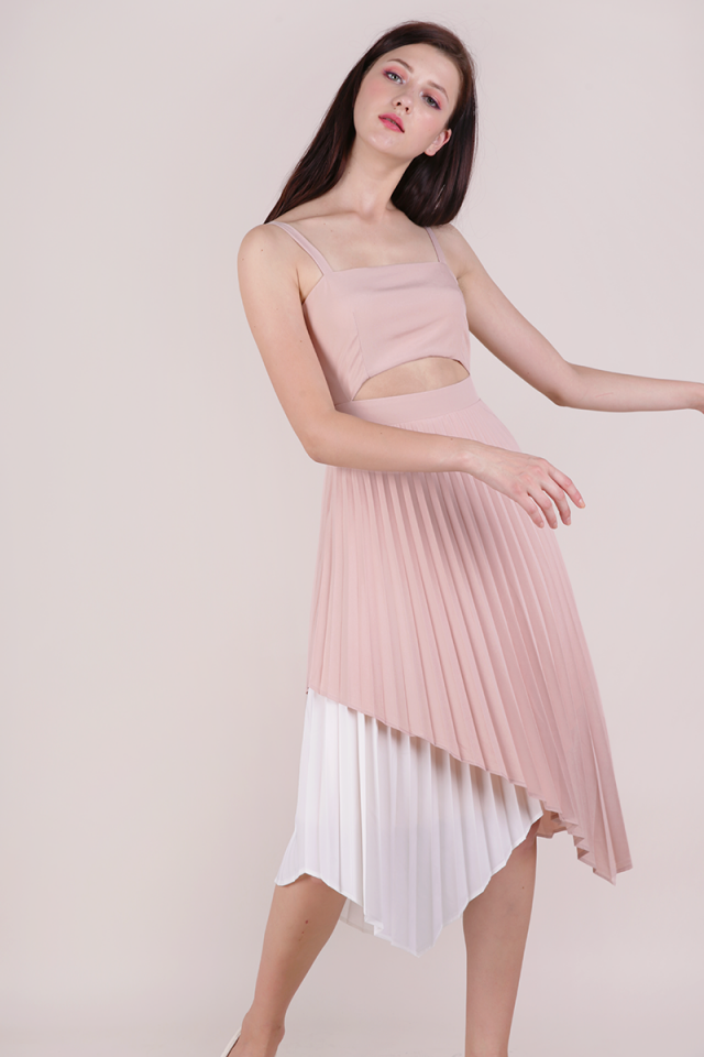 Emilee Pleated Dress (Pink)