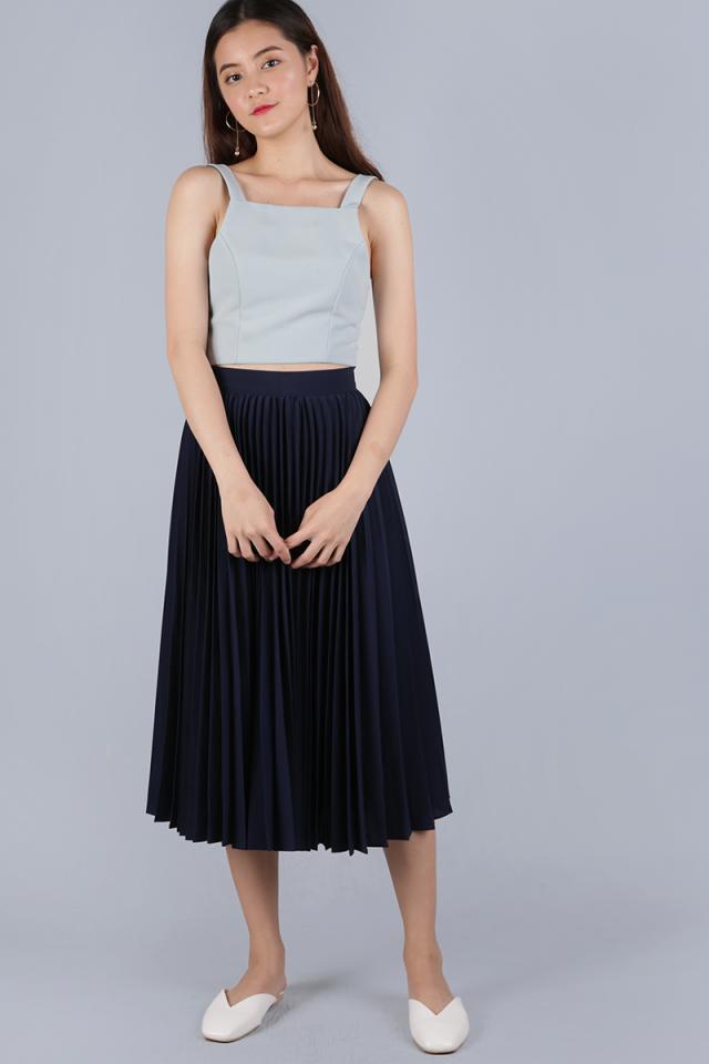 Courtney Pleated Midi Skirt (Navy)