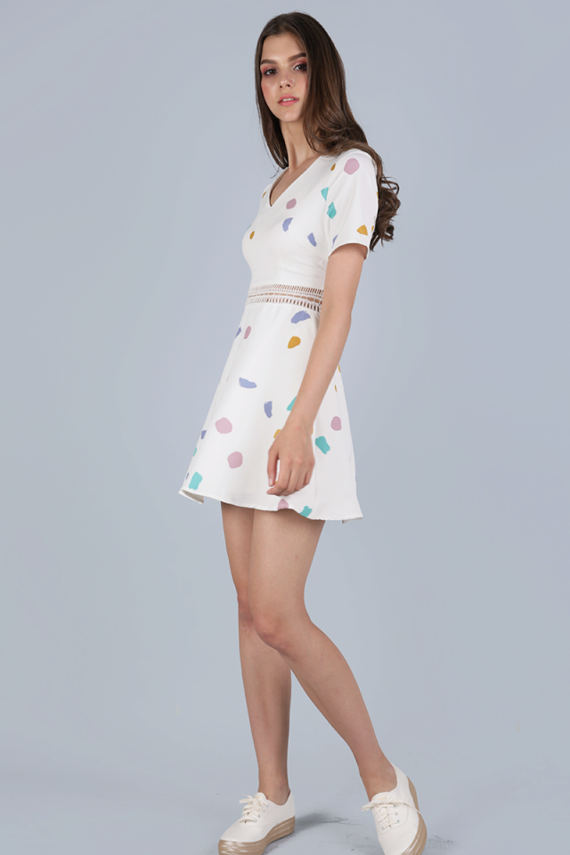 Tilda Sleeved Dress (White Confetti)