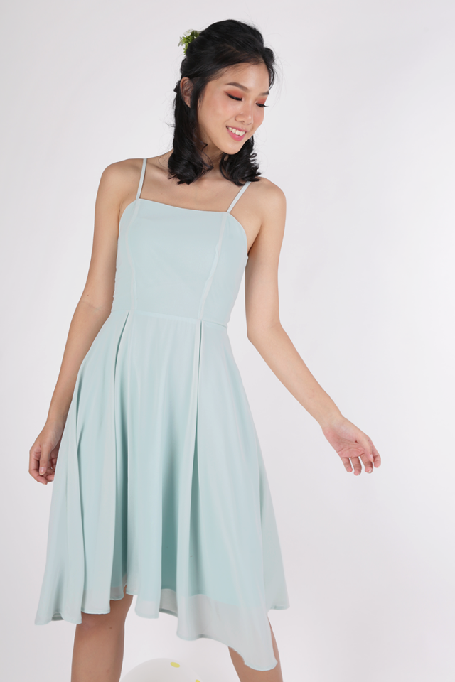 Odette Spag Midi Dress (Mint Green)