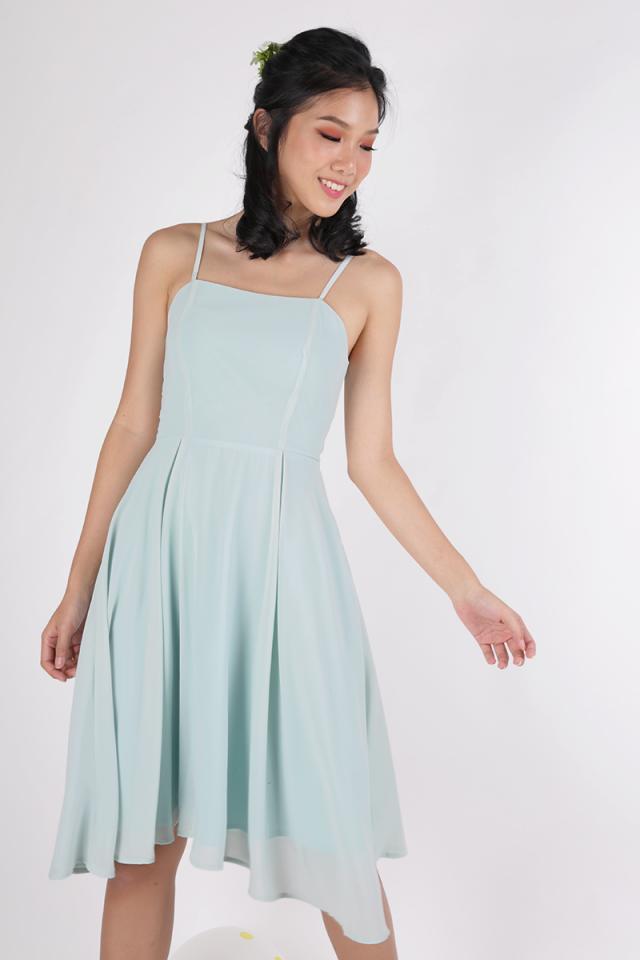 Odette Spag Midi Dress (Mint Green)