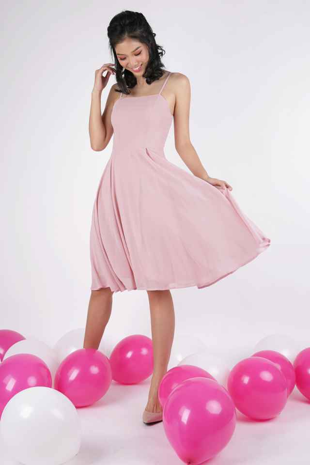 Odette Spag Midi Dress (Blush Pink)