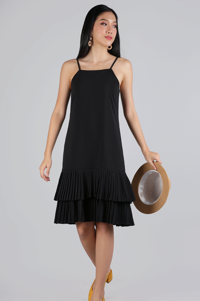 Darlene Pleated Dress (Black)