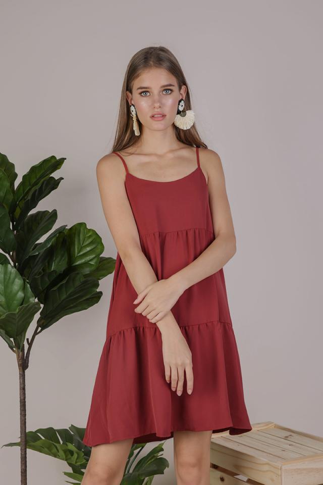 Emmy Tiered Spag Dress (Crimson)