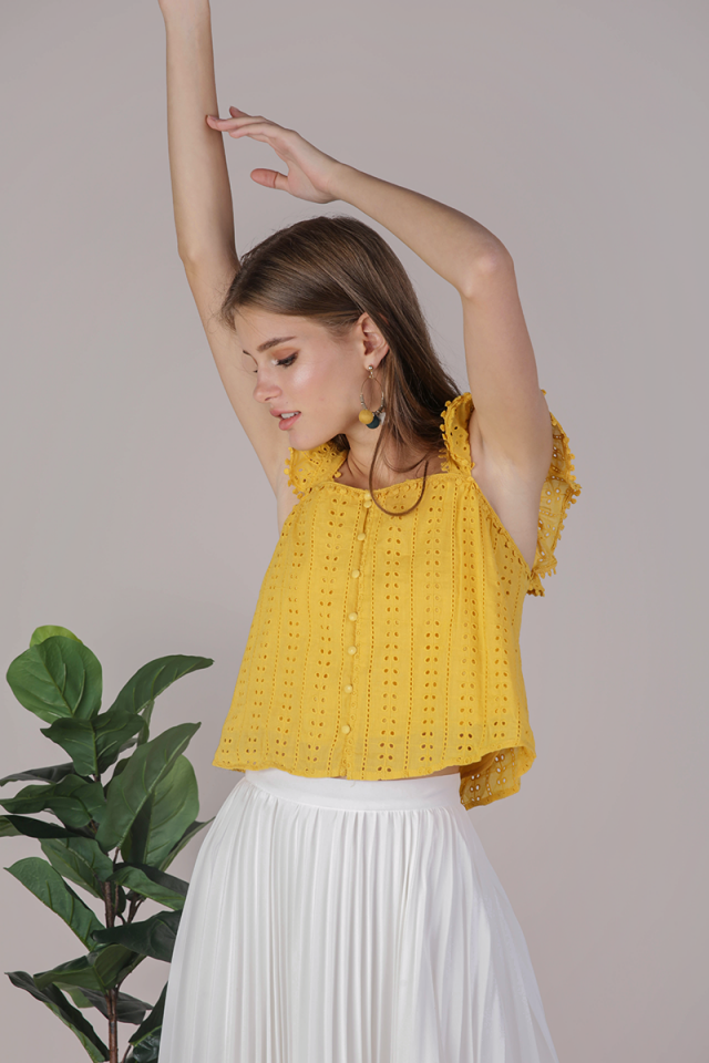 Dana Ruffles Top (Yellow Eyelet)