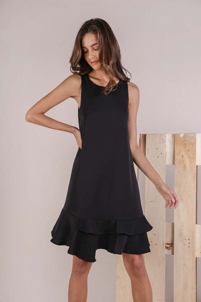 Andra Tiered Midi Dress (Black)