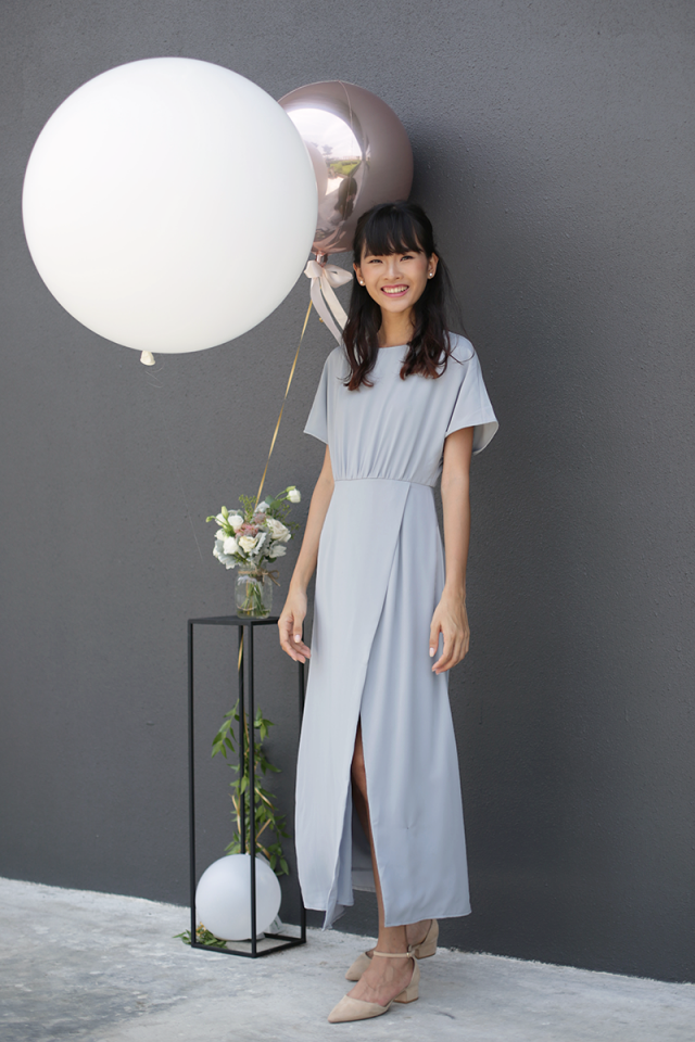Thalia Sleeved Maxi Dress (Dove Grey)