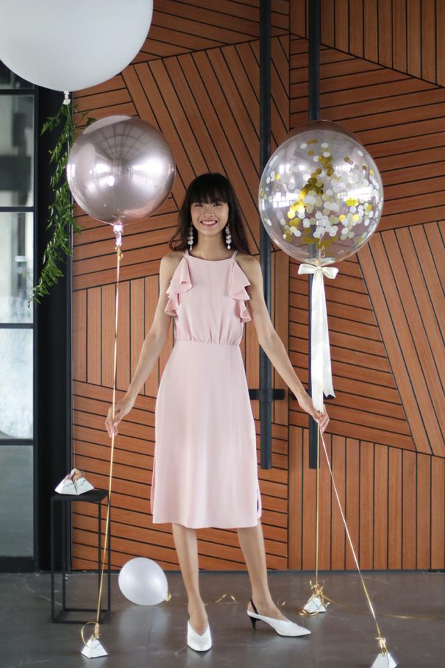 Chloe Ruffles Midi Dress (Baby Pink)