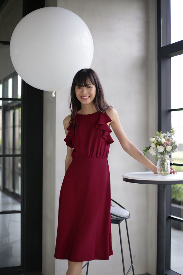 Chloe Ruffles Midi Dress (Cherry)