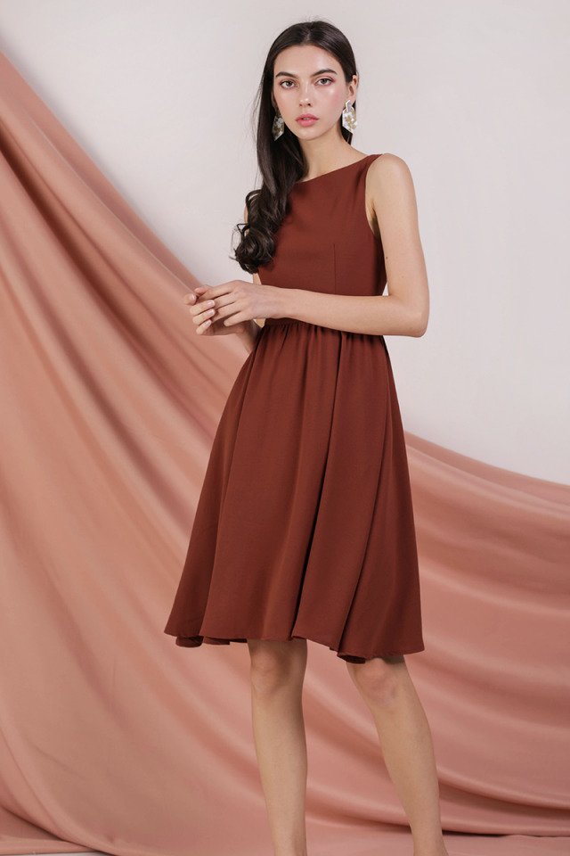 Tara Boat Neck Midi Dress (Rust)