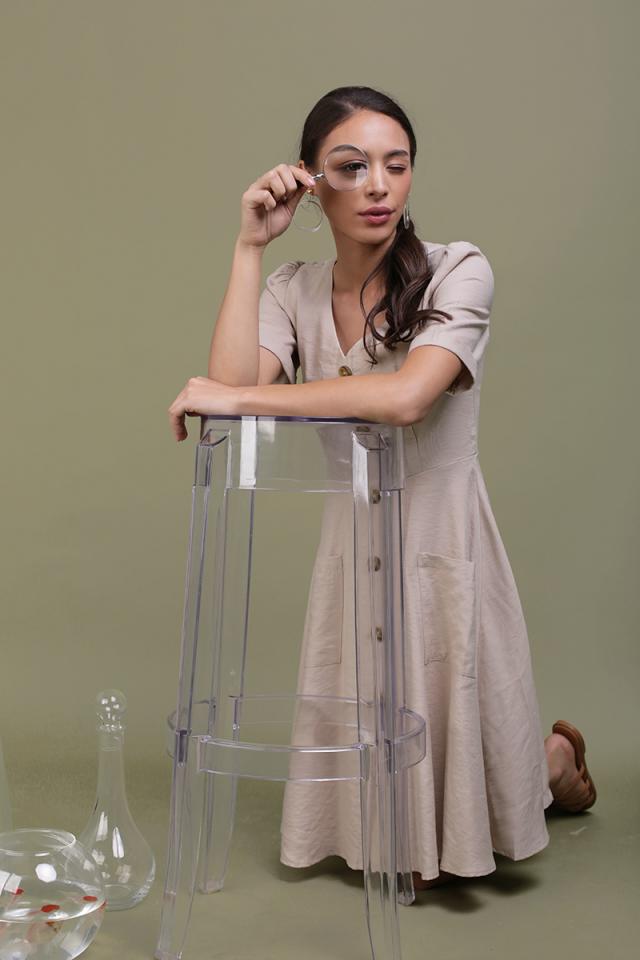 Landon Sleeved Button Midi Dress (Wheat)