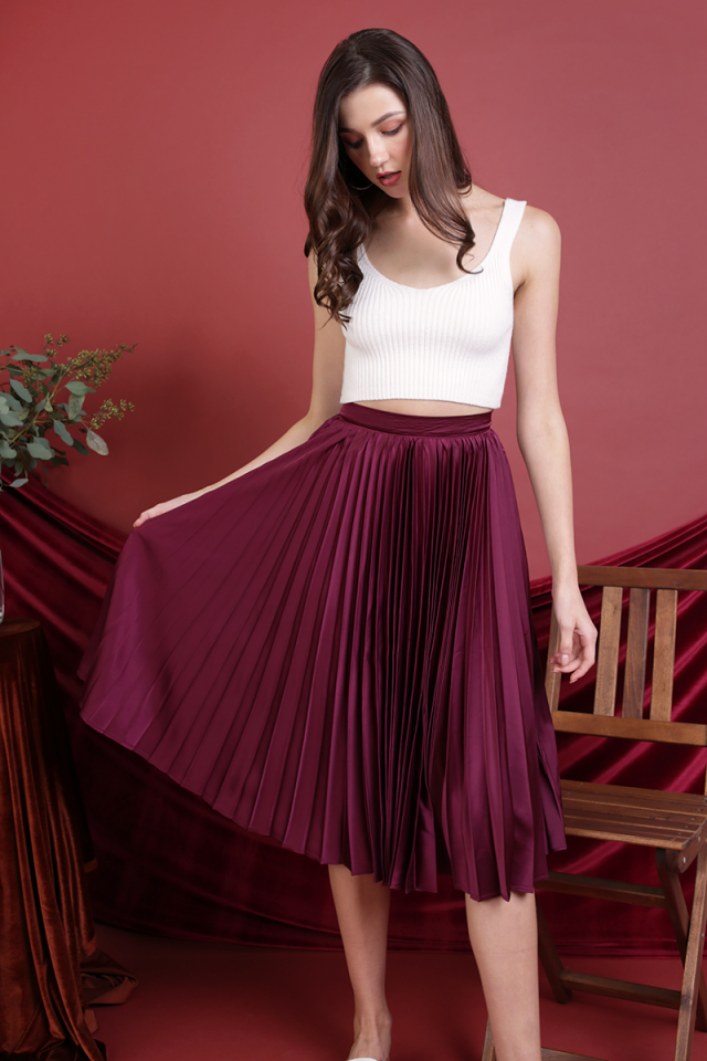 Courtney Pleated Midi Skirt (Berry)