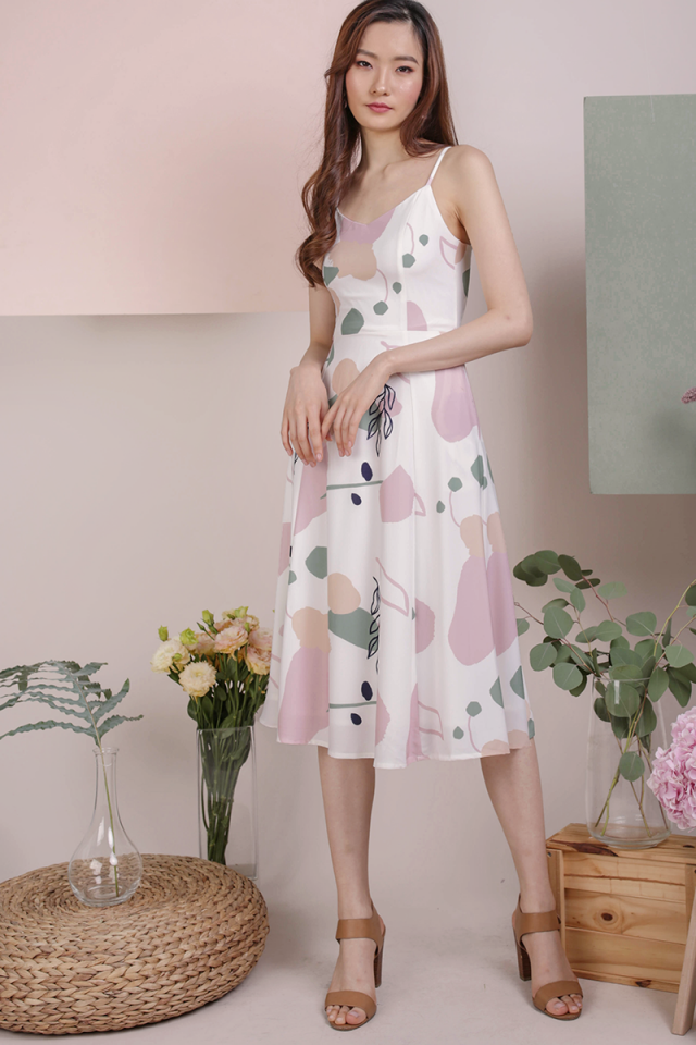 Kino V Neck Midi Dress (Flourish)