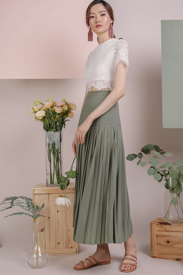 Sue Pleated Skirt (Sage Green)