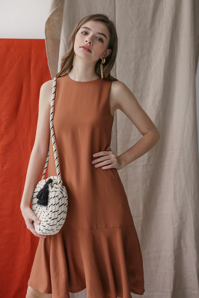 Jayne Drop Hem Dress (Camel)