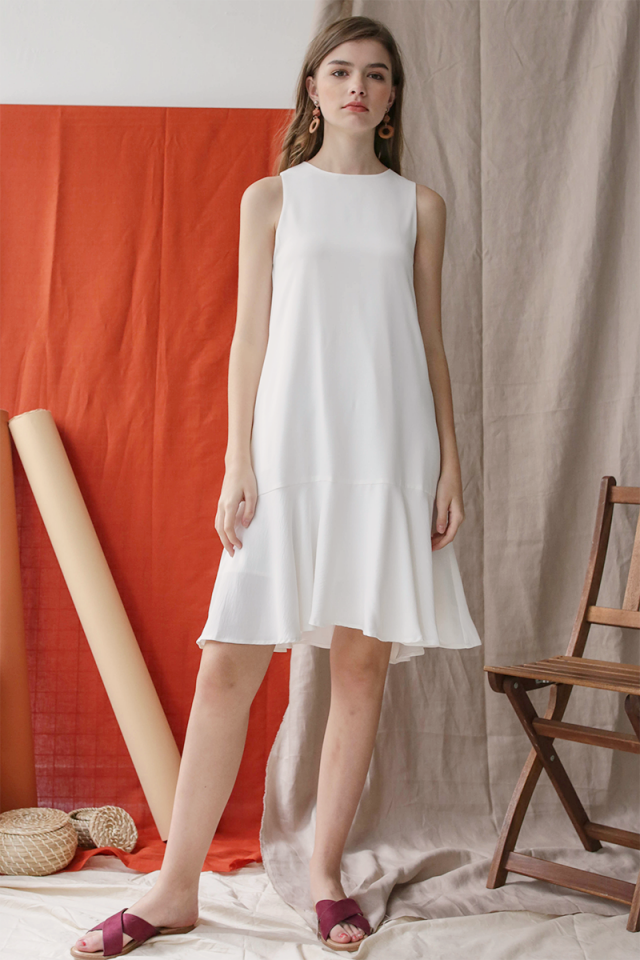 Jayne Drop Hem Dress (White)