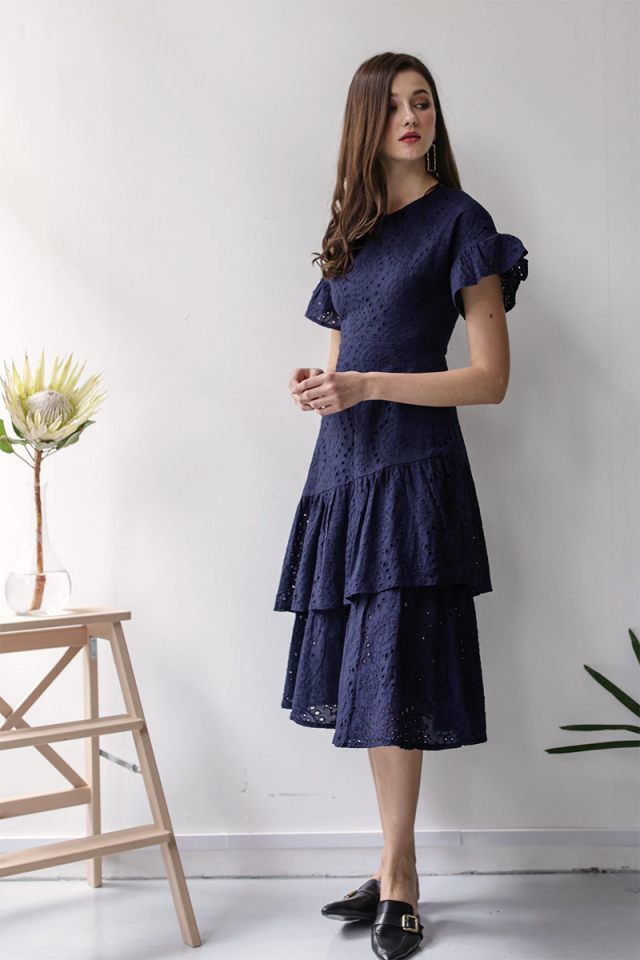 Della Sleeved Dress (Navy Eyelet)