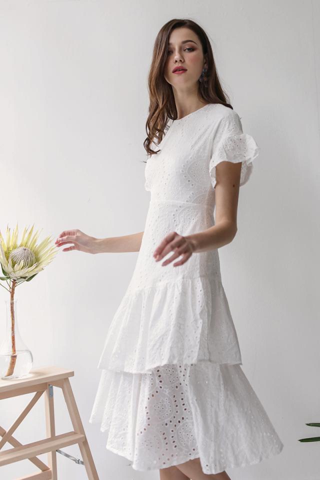 Della Sleeved Dress (White Eyelet)