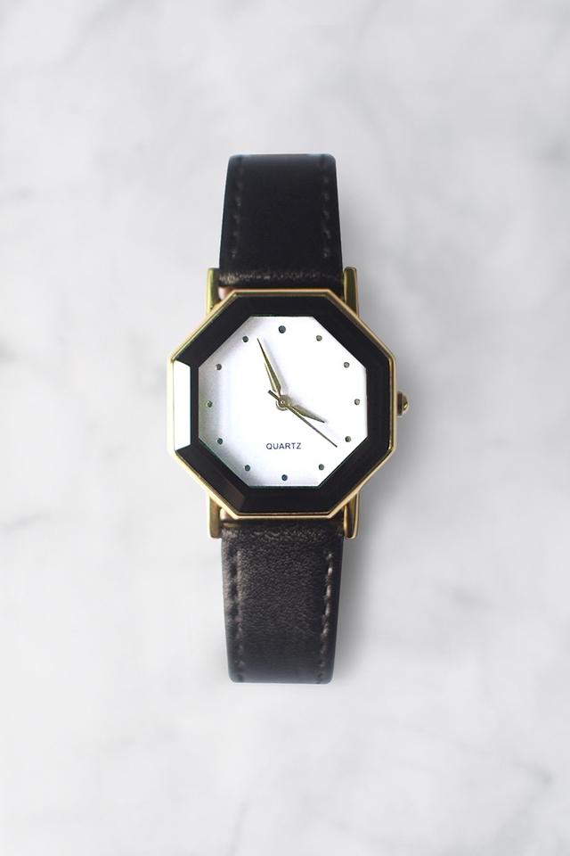 Leighton Watch (White/Black)