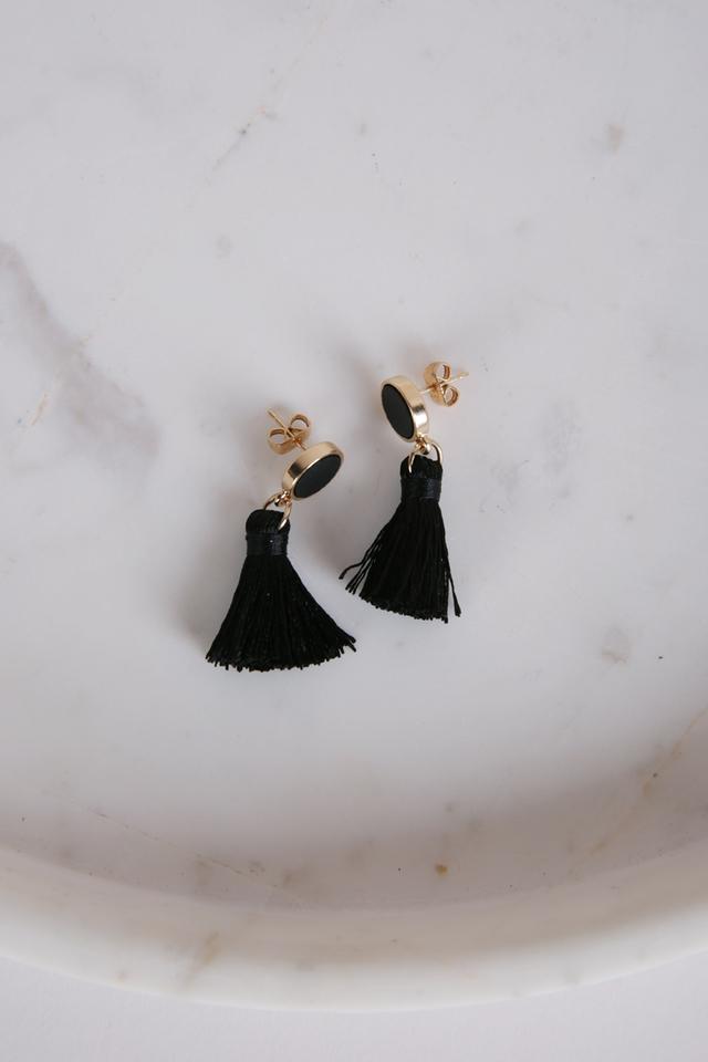 Tacai Round Tassel Earrings (Black)