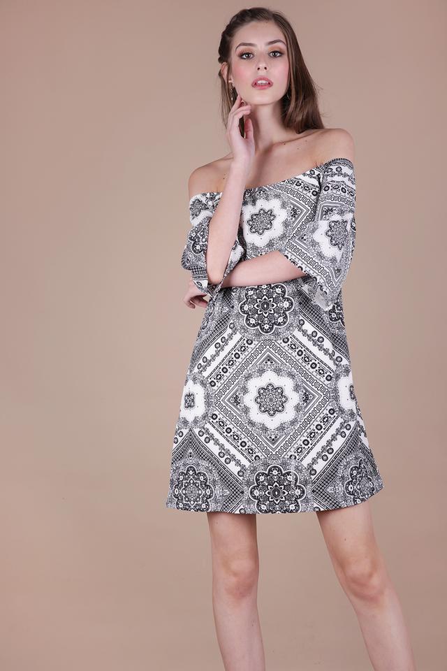 Tabitha Offsie Dress (Mono Print)