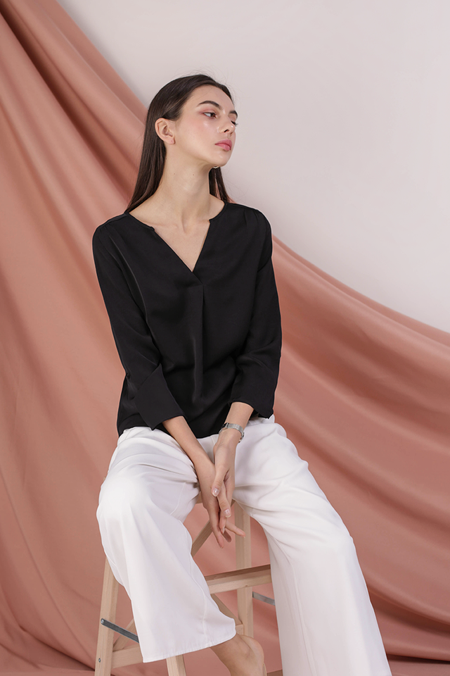 Kerry Origami Blouse (Black)