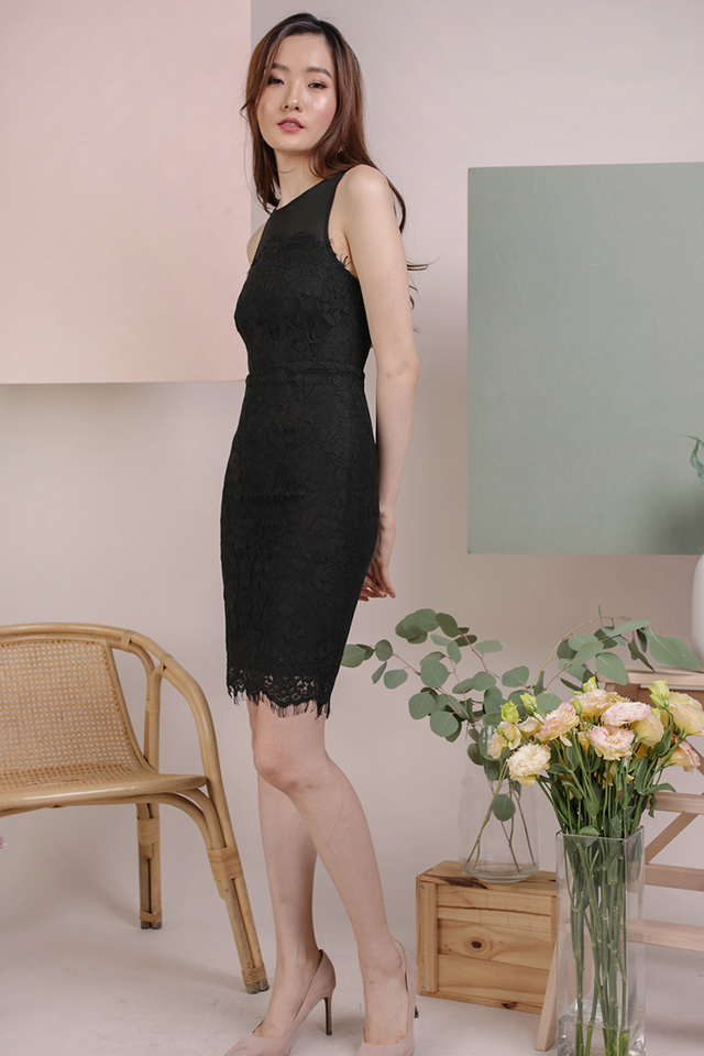 Kris Lace Dress (Black)