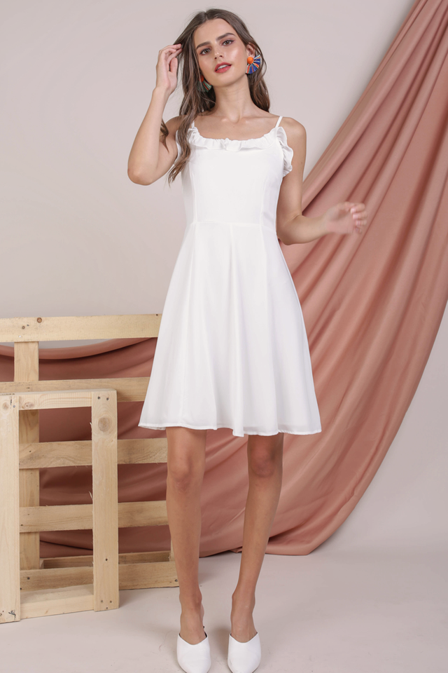 Diane Ruffles Dress (White)